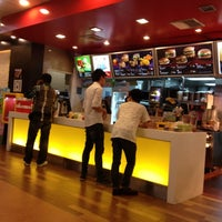 Photo taken at McDonald's & McCafé by Sathaporn T. on 8/14/2012