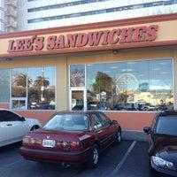Foto scattata a Lee's Sandwiches da Alex P. il 2/2/2012