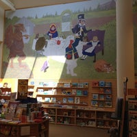 Photo taken at Barnes & Noble by Annie on 5/15/2012