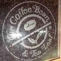 Photo taken at The Coffee Bean & Tea Leaf by Amanda on 8/12/2012