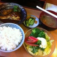 Photo taken at 丸長 by Yasushi T. on 6/7/2012
