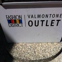 Foto scattata a Valmontone Fashion District da Nasty il 7/7/2012