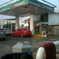 Photo taken at Gasolineria Apatlaco by Princessa Hermossa H. on 8/4/2012