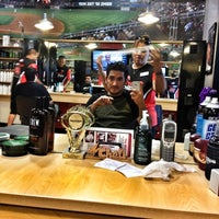 Photo taken at Sport Clips Haircuts of The Market at Park North by Saulo R. on 6/16/2012