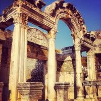 7/23/2012 tarihinde Bogd B.ziyaretçi tarafından Efes'de çekilen fotoğraf