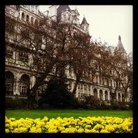 Photo prise au Whitehall Gardens par Rafael F. le3/18/2012
