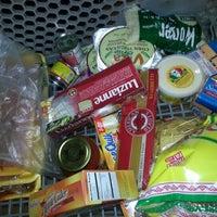 รูปภาพถ่ายที่ Horizon Vista Market โดย LeeAnn W. เมื่อ 8/26/2012