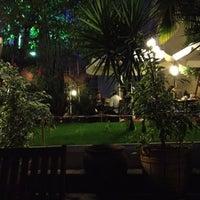 8/22/2012 tarihinde Ali A.ziyaretçi tarafından Mimarlar Odası Bahçe Cafe & Restaurant'de çekilen fotoğraf