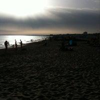 Foto tirada no(a) Praia dos Gémeos por olga m. em 8/10/2012