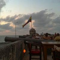 Foto tomada en Café del Mar por Jonathan B. el 4/21/2012