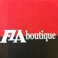 Foto tirada no(a) Fla Boutique por Pablo N. em 4/12/2012