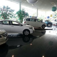 Photo taken at phranakorn honda automobile bangchan branch by Pae F. on 9/13/2012