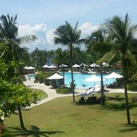 Photo taken at Shangri-La's Mactan Resort and Spa by Glenn O. on 8/27/2012