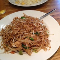 Photo taken at Noodle King by Justina on 8/26/2012
