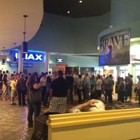 Foto tirada no(a) Citadel Mall IMAX Stadium 16 por Justin P. em 3/23/2012