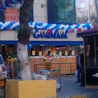 4/21/2012 tarihinde Ozgur O.ziyaretçi tarafından Gürmar Özkanlar Mağazası'de çekilen fotoğraf