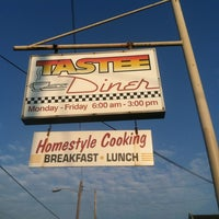 Photo taken at Tastee Diner by Roger on 8/23/2012