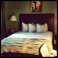 Photo taken at Galleria Park Hotel by vonntra 7. on 9/7/2012