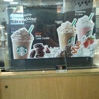 Photo taken at Starbucks by Eiks L. on 5/25/2012
