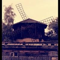 Photo taken at Загородный клуб «Старая Мельница» by Mike K. on 8/10/2012