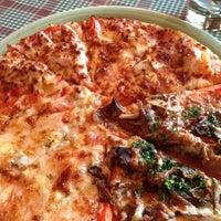 Снимок сделан в Мир пиццы пользователем A.Victoria💄 . 7/25/2012
