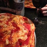 รูปภาพถ่ายที่ PizzaExpress โดย Rebecca B. เมื่อ 3/29/2012