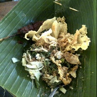 Photo taken at Pecel Mbok Djo by Yosie R. on 2/9/2012