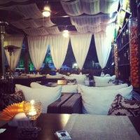Снимок сделан в Moscow cafe-room пользователем Oxana 8/29/2012