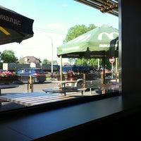 Photo taken at McDonald's by Alexander Z. on 5/25/2012