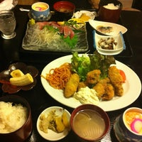 Photo taken at 味の蔵 おふくろ by Shin K. on 3/20/2012