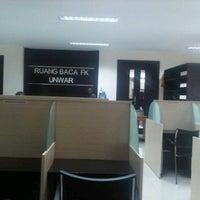 Photo taken at Perpustakaan Fakultas Kedokteran Unwar by santi M. on 4/11/2012
