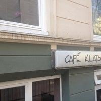Das Foto wurde bei Café Klatsch von Mat 🎸 M. am 4/15/2013 aufgenommen