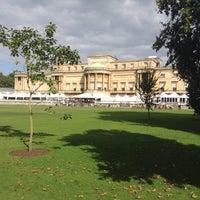 Photo taken at Buckingham Palace Gardens by Blake Y. on 9/27/2015