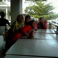 Photo taken at Pandu Hotel Lakeside Parapat by azlan r. on 12/16/2013