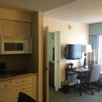 Das Foto wurde bei Hampton Inn & Suites Miami-Doral/Dolphin Mall von Octavio R. am 11/8/2012 aufgenommen