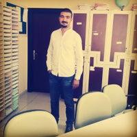 Photo taken at Pozcu Kavram Dershanesi by Hüseyin Y. on 10/23/2014