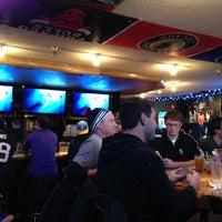 Foto tomada en Ollie's Pub por Devin R. el 1/5/2013