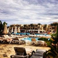 1/30/2013 tarihinde Филя Б.ziyaretçi tarafından Rixos Sharm El Sheikh Nefertiti Restaurant'de çekilen fotoğraf