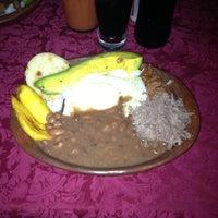 Photo taken at La Bandeja Paisa by Osiris D. on 10/25/2012