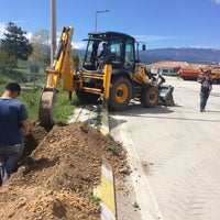Photo taken at Çaydurt Bakım İşletme Şefliği by Emre D. on 5/4/2015