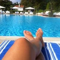 8/24/2013 tarihinde Deniz K.ziyaretçi tarafından Swissôtel Swimming Pool'de çekilen fotoğraf