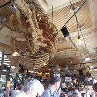 Photo taken at Café de la Jatte by Supapanda on 6/30/2013