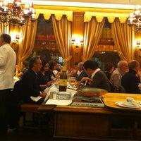 10/19/2012にAlan L.がAux Armes de Bruxellesで撮った写真