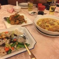 Photo taken at Restoran Hai Thian by Thiruchelvan S. on 3/25/2017
