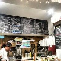 Foto tomada en Piccolo Cafe por Richard N. el 4/16/2013