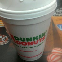 Photo taken at Dunkin Donuts by Taurean ExpectGreatness H. on 11/23/2012