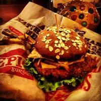 Foto tomada en Epic Burger por Igin I. el 3/9/2013