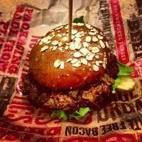 Снимок сделан в Epic Burger пользователем Igin I. 1/8/2013