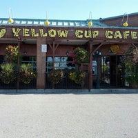 Das Foto wurde bei Yellow Cup Cafe von Richard F. am 9/25/2012 aufgenommen