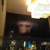 Foto diambil di Restaurante Central oleh Patricio V. pada 10/11/2012